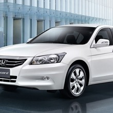 2011-Honda-Accord-Thailand-01