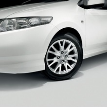 2011-Honda-City-Society-02