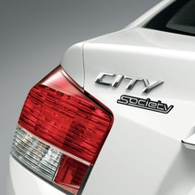 2011-Honda-City-Society-03