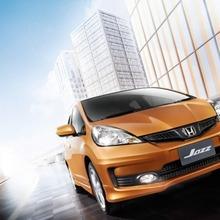 2011-Honda-Jazz-Thailand-02