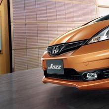 2011-Honda-Jazz-Thailand-13
