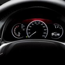 2011-Lexus-CT-200h-24