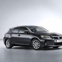 2011-Lexus-CT200h-Thailand-01