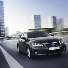2011-Lexus-CT200h-Thailand-02