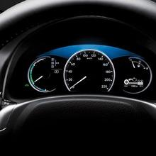 2011-Lexus-CT200h-Thailand-08