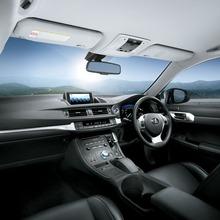 2011-Lexus-CT200h-Thailand-09