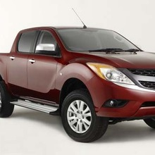 2012-Mazda-BT-50-showroom