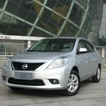 2012-Nissan-Sunny-30