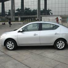 2012-Nissan-Sunny-33