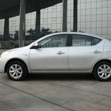 2012-Nissan-Sunny-34