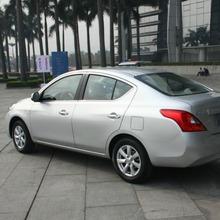 2012-Nissan-Sunny-35