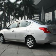 2012-Nissan-Sunny-36