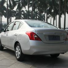 2012-Nissan-Sunny-38