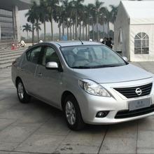 2012-Nissan-Sunny-44