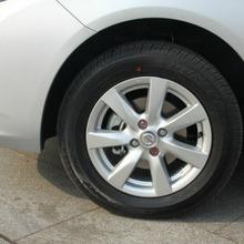 2012-Nissan-Sunny-58