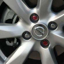 2012-Nissan-Sunny-59