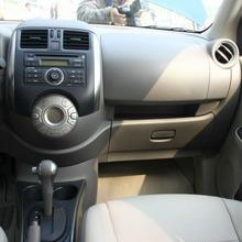2012-Nissan-Sunny-69