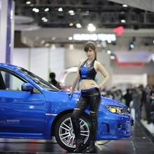 2011-Seoul-Motor-Show-Grils-10
