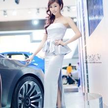 2011-Seoul-Motor-Show-Grils-17