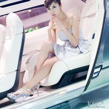 2011-Seoul-Motor-Show-Grils-19