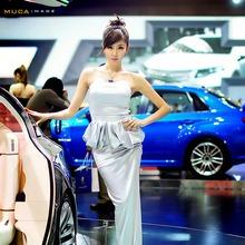 2011-Seoul-Motor-Show-Grils-22