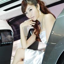 2011-Seoul-Motor-Show-Grils-30