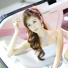 2011-Seoul-Motor-Show-Grils-34