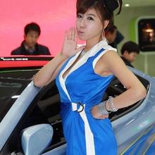 2011-Seoul-Motor-Show-Grils-44