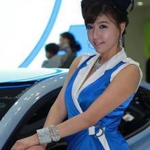 2011-Seoul-Motor-Show-Grils-59