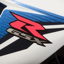 2011-Suzuki-GSX-R-600-19