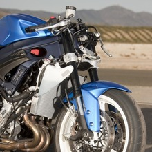 2011-Suzuki-GSX-R-600-28