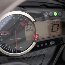 2011-Suzuki-GSX-R-600-31