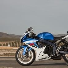 2011-Suzuki-GSX-R-600-39
