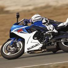 2011-Suzuki-GSX-R-600-45