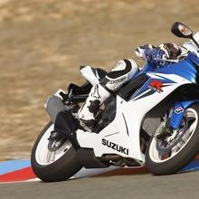 2011-Suzuki-GSX-R-600-46