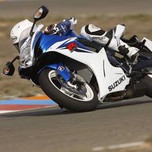 2011-Suzuki-GSX-R-600-48