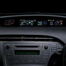 2011-Toyota-Prius-Thailand-20
