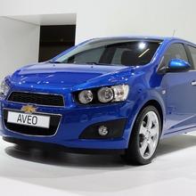 2012-Chevrolet-Aveo-01