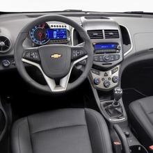2012-Chevrolet-Aveo-05
