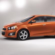 2012-Chevrolet-Sonic-09