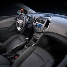 2012-Chevrolet-Sonic-24