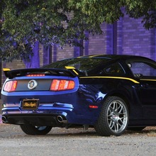 2012-Ford-Mustang-Blue-Angels-Edtion-03