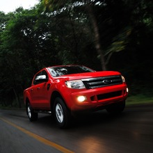 Ford-Ranger-006_resize