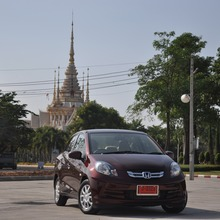 2012-Honda-BrioAmaze-GroupTest_30