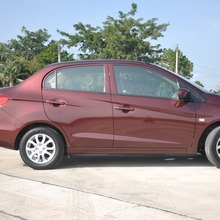 2012-Honda-BrioAmaze-GroupTest_33