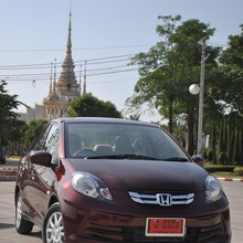 2012-Honda-BrioAmaze-GroupTest_34