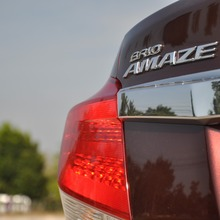 2012-Honda-BrioAmaze-GroupTest_41