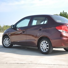 2012-Honda-BrioAmaze-GroupTest_46