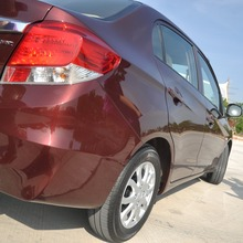 2012-Honda-BrioAmaze-GroupTest_49