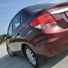 2012-Honda-BrioAmaze-GroupTest_54